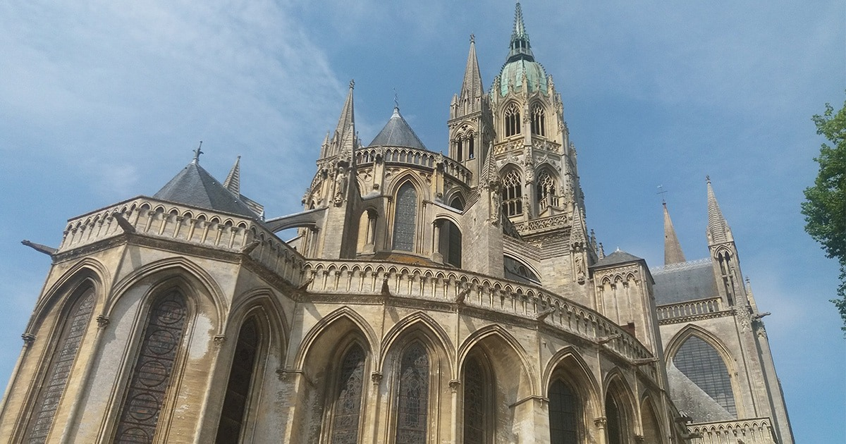 arriere cathedrale bayeux