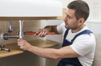 Comment trouver plombier paris 12