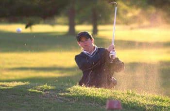 sortie de bunker au golf