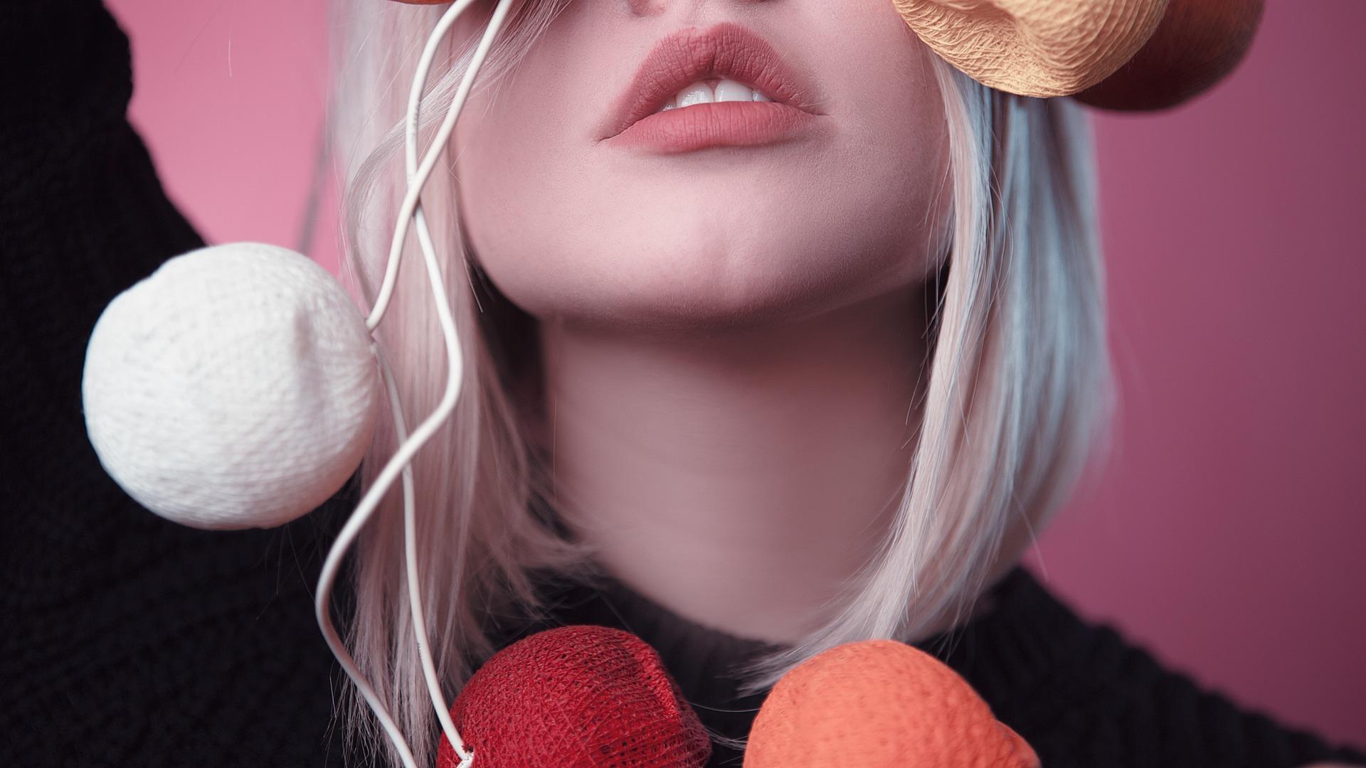 Comment humidifier ses lèvres naturellement