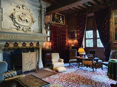 interieur du chateau harmoires de francois premier